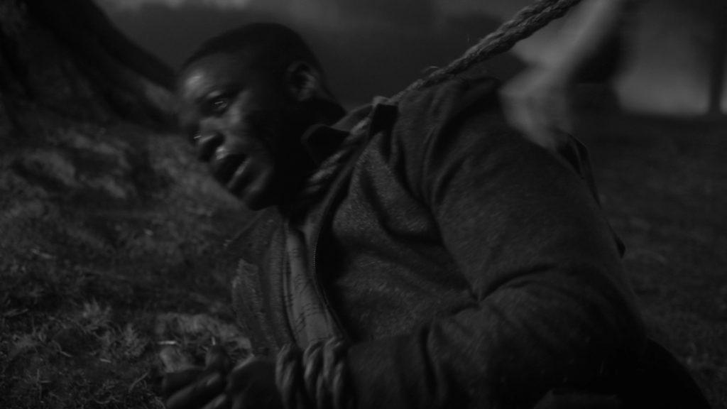 Obie Williams bị các đồng nghiệp da trắng của mình treo cổ